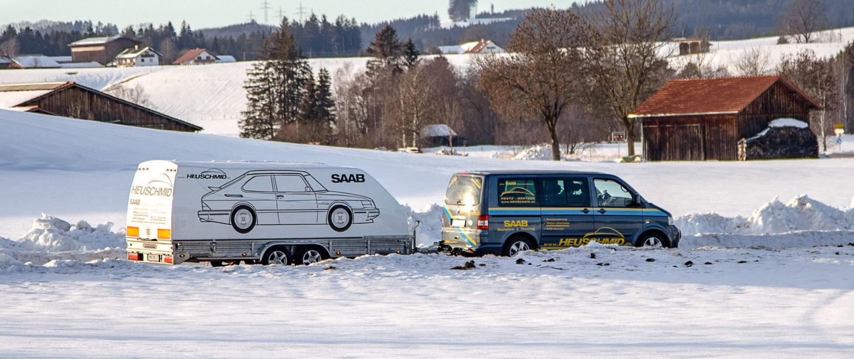 Trailer-und-Bus
